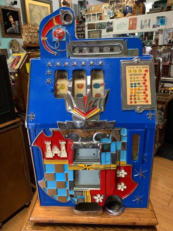 Vintage Mills Castle 5 cent slot machine. Rare Find