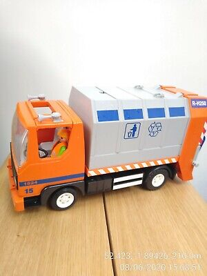 Playmobil Used Dustbin Truck