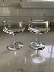 Set of 2 vintage champagne glasses