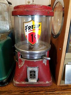 1930's Regal Gumball / Nut machine 1 cent penny machine old