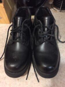 Dakota work shoes (woman's)