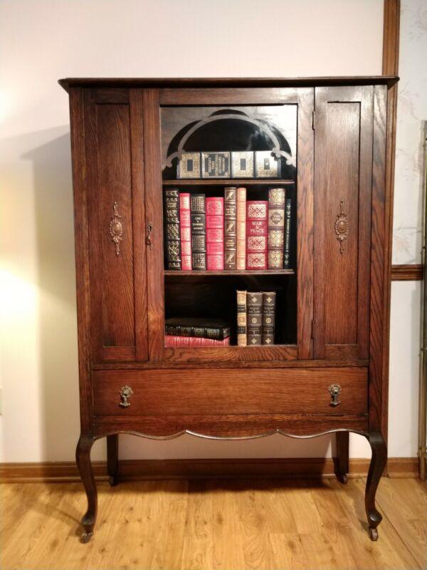 AMAZING CONDITION! Antique Quarter Sawn Oak Curio Cabinet Bookcase Glass
