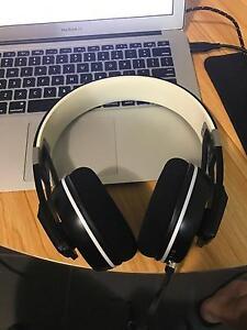 Urbanite XL Wireless headphone Over-ear 3 year warranty Redfern Inner Sydney Preview