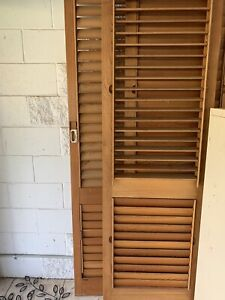 2x internal timber shutter door