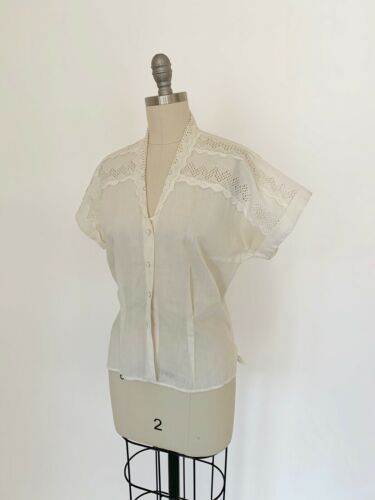 Vintage 1940s Dress Blouse Sheer Cotton Broderie Anglaise Lace Cap sleeves 1950s