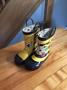 Rain boots Toddler size 8