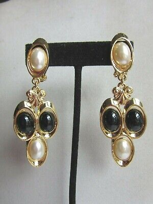 Gold tone black and faux pearl acrylic bead  clip -