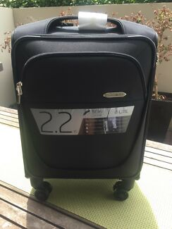 Brand new samsonite international cabin suitcase