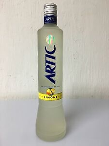 Artic Limone Liquore Vodka 70cl 25% Illva Saronno Anni 90 - Italia - Artic Limone Liquore Vodka 70cl 25% Illva Saronno Anni 90 - Italia