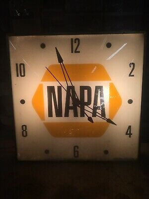 """Vintage 15"""" NAPA AUTO PARTS Lighted Wall Clock PAM ELECTRIC Covex Glass"""