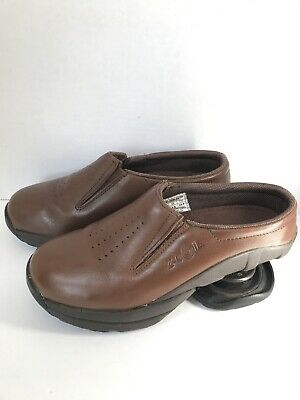 Z-COIL Women's Size  US W7 Taos Slip On Brown Leather Comfort Pain Relief Shoes