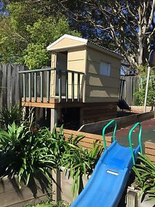 Cubby house Bateau Bay Wyong Area Preview