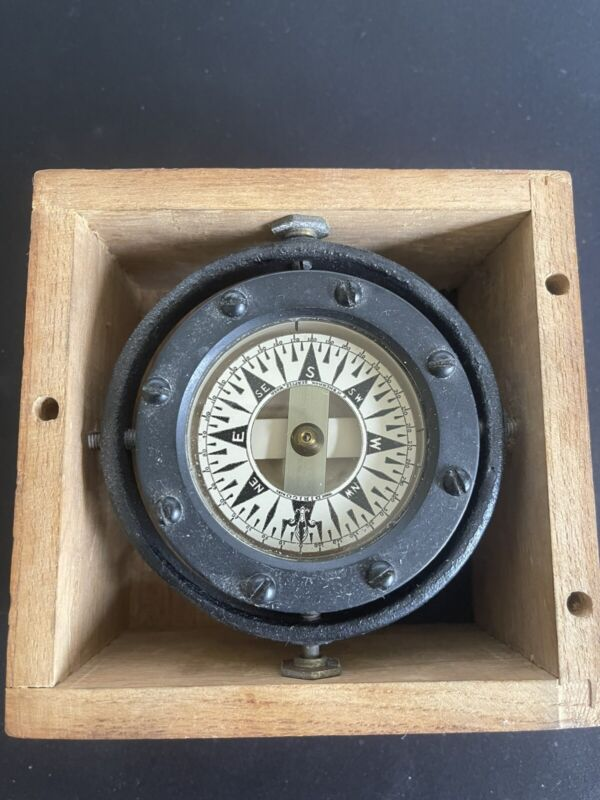 Antique Maritime Compass Dirigo Compass & Instrument Co. Seattle, WA w/wood box
