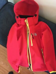 Non authentic north face jacket
