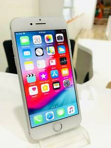 APPLE IPHONE 7 32GB SILVER IN GREAT CONDITION