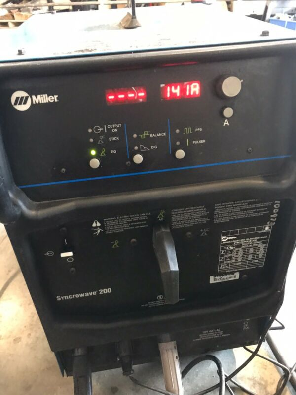 Miller Syncrowave 200 TIG/Stick Welder 220v with Foot Pedal Control Single Phase