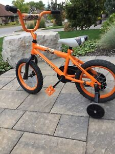"14"" kids supercycle bike with training wheels"