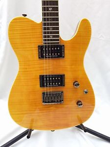 Fender Special Edition Custom TELE, flame-maple top, Duncans