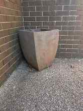 Very heavy concrete pot Yowie Bay Sutherland Area Preview