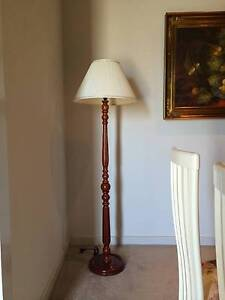 *** MAKE AN OFFER *** Floor Lamp Holden Hill Tea Tree Gully Area Preview