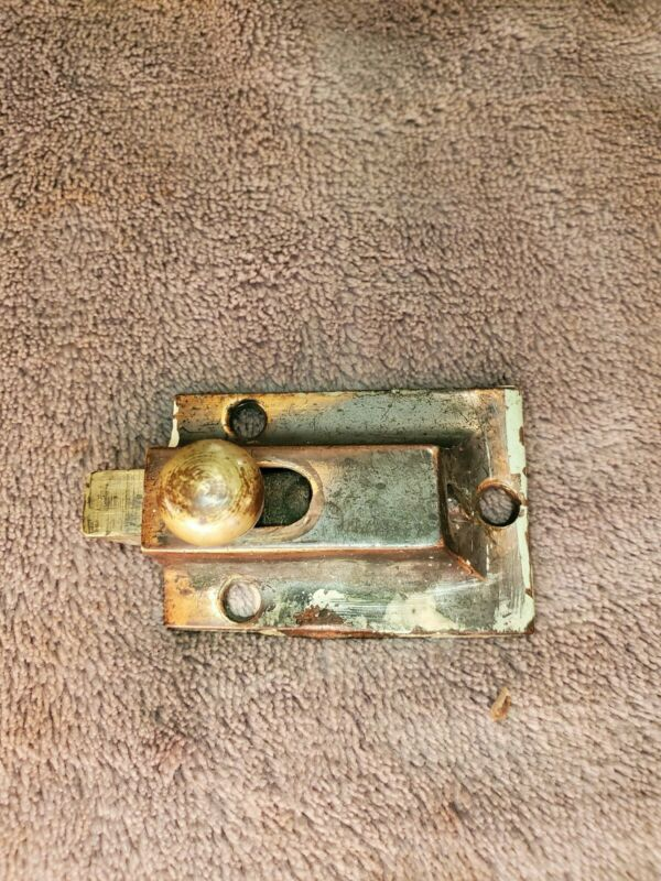 VINTAGE CAST SOLID BRASS CABINET / CUPBOARD LATCH ~ SPRING LOADED