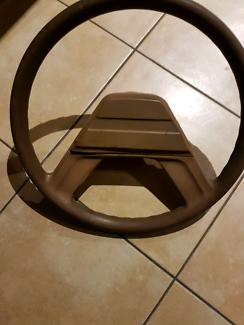 VB SL/E HOLDEN COMMODORE STEERING WHEEL MAYBE SUIT VC VH AND VK