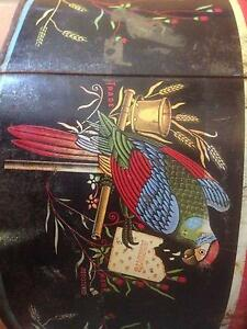 Rare Early Arnott's Biscuit tin.  Collectable. Parrot design. Kingston Logan Area Preview