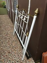 Free queen bed frame Miller Liverpool Area Preview