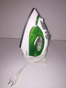 Green and White Iron in Excellent Condition