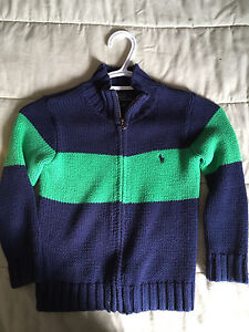 Polo 4T sweater
