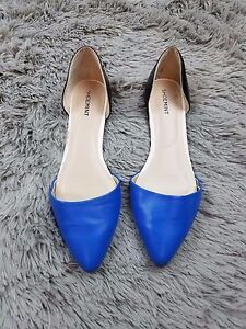 Shoemint Womens Pointed Flats Blue & Black Size 9