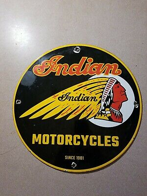 VINTAGE ''INDIAN MOTORCYCLES'' LOGO GAS PUMP PLATE , PORCELAIN 12 INCH.