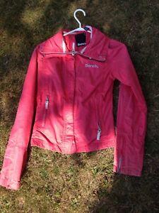Bench spring jacket