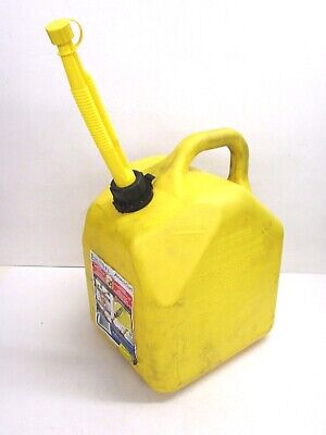 Scepter Ameri-can 5-gallon Yellow Diesel Fuel Can 74354