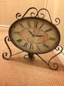 French table mantle clock