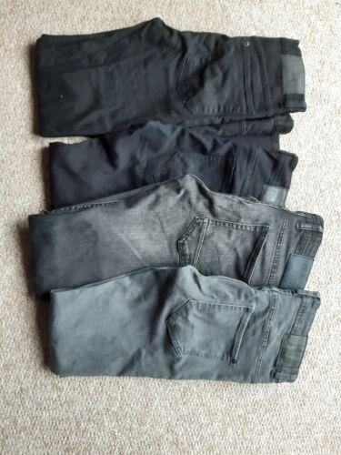 Jeanspaket für Jungs . 4 Hosen. Verschiedene Größen.