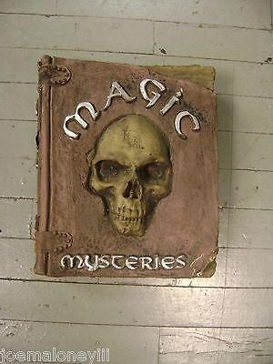 Halloween Mirror Prop (HALLOWEEN PROP HAUNTED HOUSE CREEPY SKULL MYSTERIES MAGIC BOOK W/)