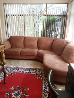 L-Shaped Sofa Couch Lounge Suite!!!!