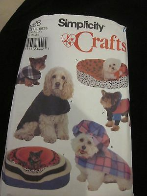 SIMPLICITY CRAFTS PATTERN 8928 DOG BED COVERS AND COATS UNCUT BRAND NEW