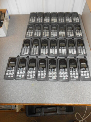 LOT OF 29 VINTAGE MOTOROLA PROFILE 300e CELL PHONES  - Free shipping