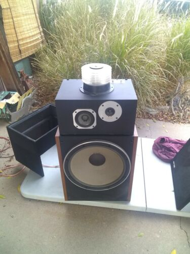 Pioneer HPM 1500 Speakers local pickup only. Will not ship.