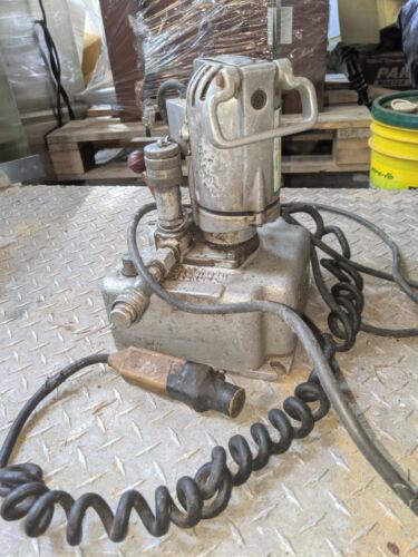 Greenlee Hydraulic Power Unit 915 Pump With Hose