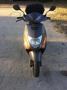 2008 Honda lead 100 scooter Moonbi Tamworth Surrounds Preview