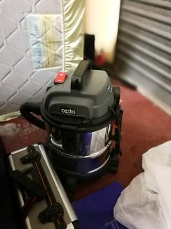 Ozito vacuum cleaner