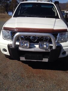 Nissan d40 navara nudge bar Burra Queanbeyan Area Preview