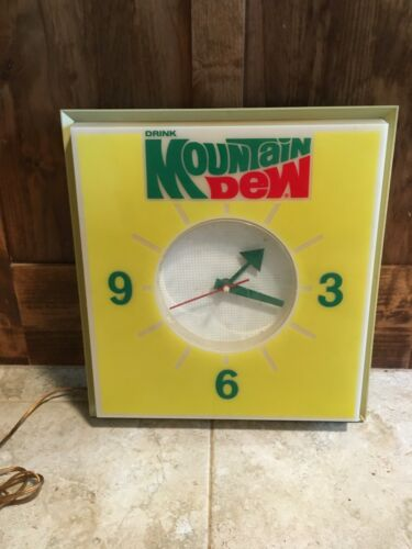 Vintage Drink Mountain Dew Lighted Clock Advertising Sign Dualite Pepsi Co