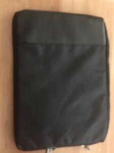 Wacom ACK400022 INTUOS4 Medium Cary Case