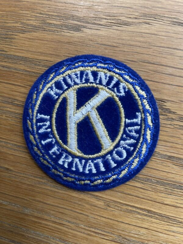VINTAGE EMBROIDERED KIWANIS INTERNATIONAL (IRON OR SEW ON) PATCH 2 INCH DIAMETER