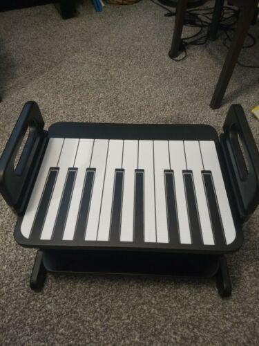 Adjustable piano foot rest