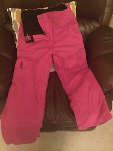 Size Med girls snow pants